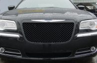 2013 Chrysler 300 black Bentley mesh grille