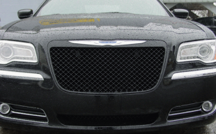 2013 Chrysler 300 black Bentley mesh grille