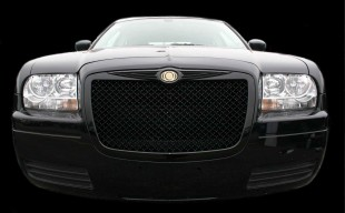 2010 Chrysler 300 with black bentley mesh grille installed