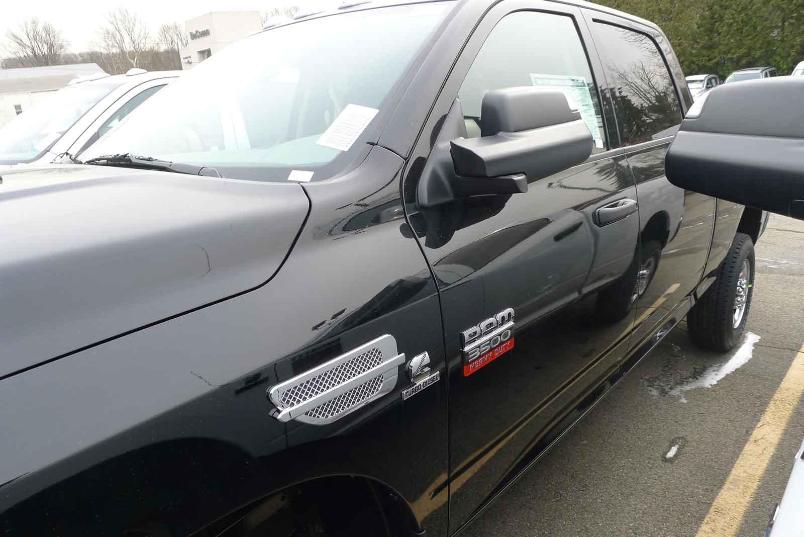 Chrysler 300 fender port holes #5